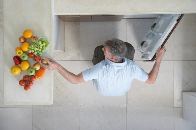 how to safely store and prepare food